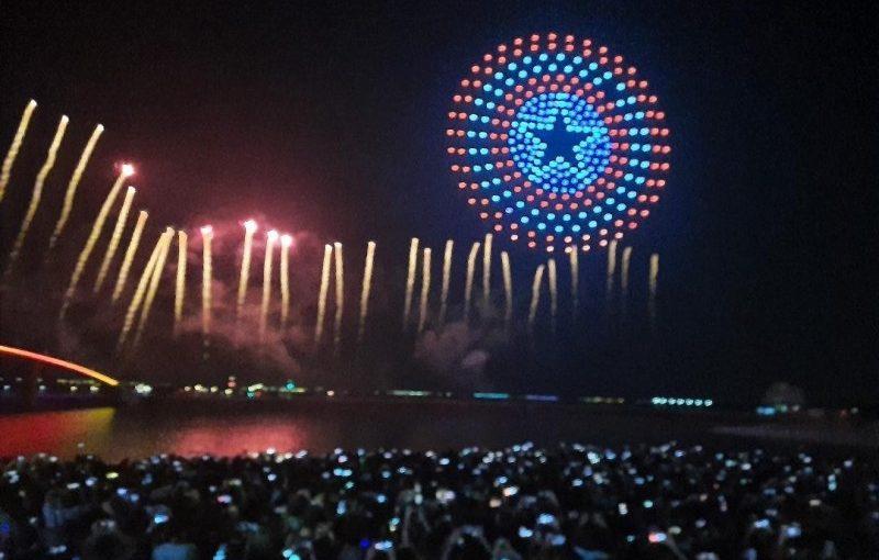 2020澎湖花火節、漫威無人機」首場煙火秀搶先看,7個最佳觀看點、限定版「露天電影院」洗版你的IG牆。